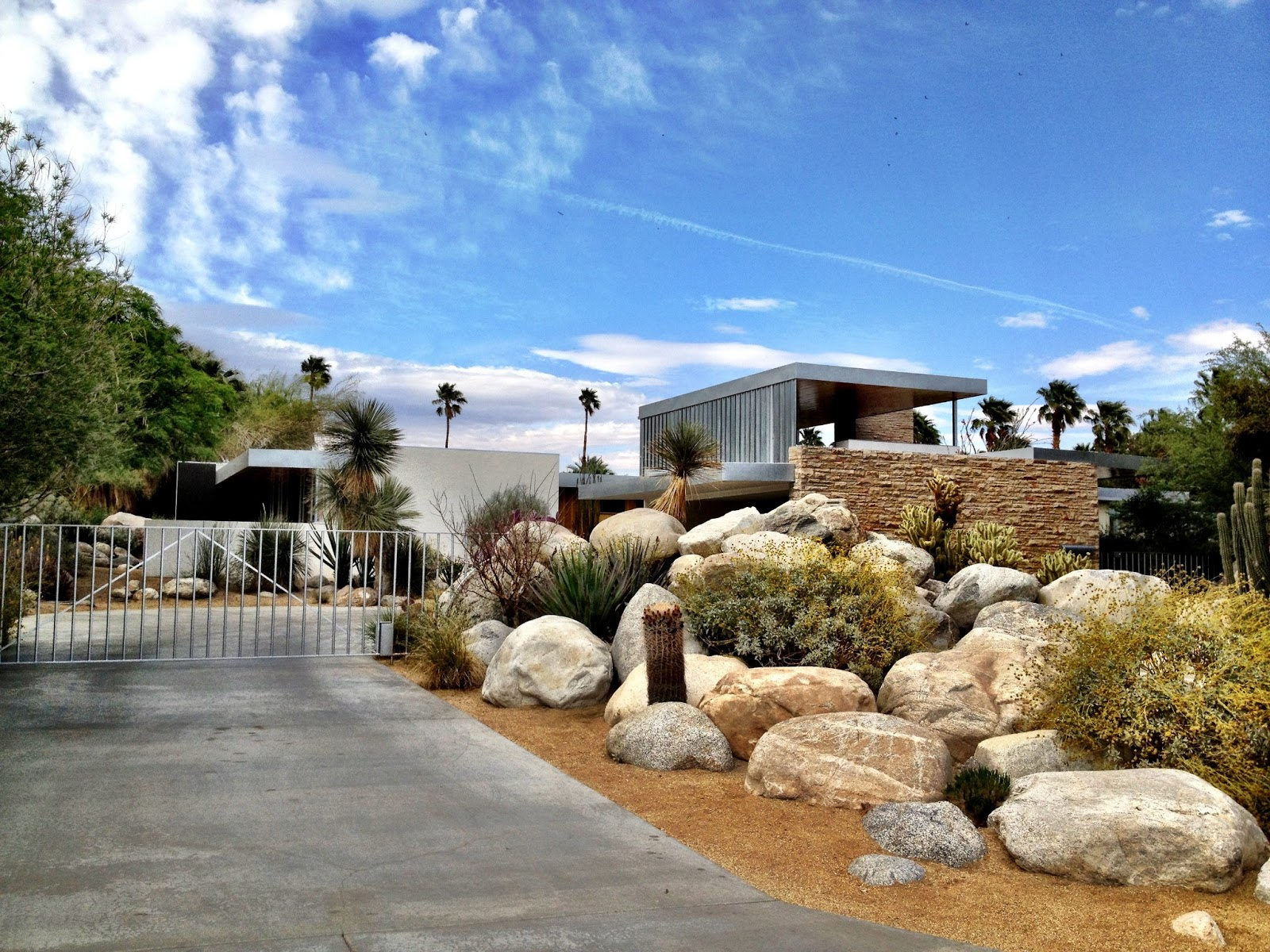 The jet set the california life for Marilyn monroe palm springs home