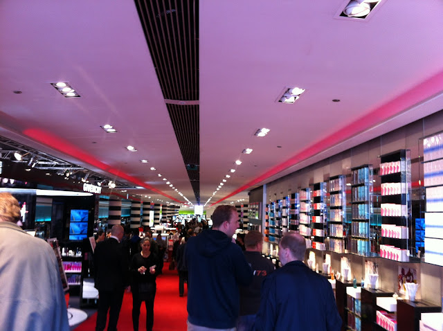inside sephora paris