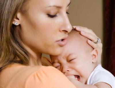 Tips Mudah Mengatasi Bayi Rewel Saat Malam Hari