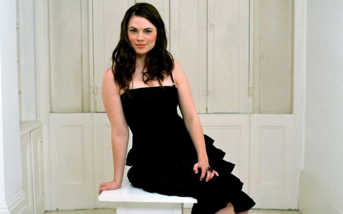 Hayley Atwell, Foto Artis Cantik 2