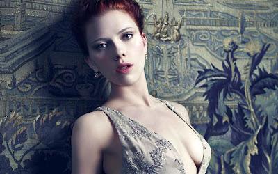 Scarlett Johansson super hot