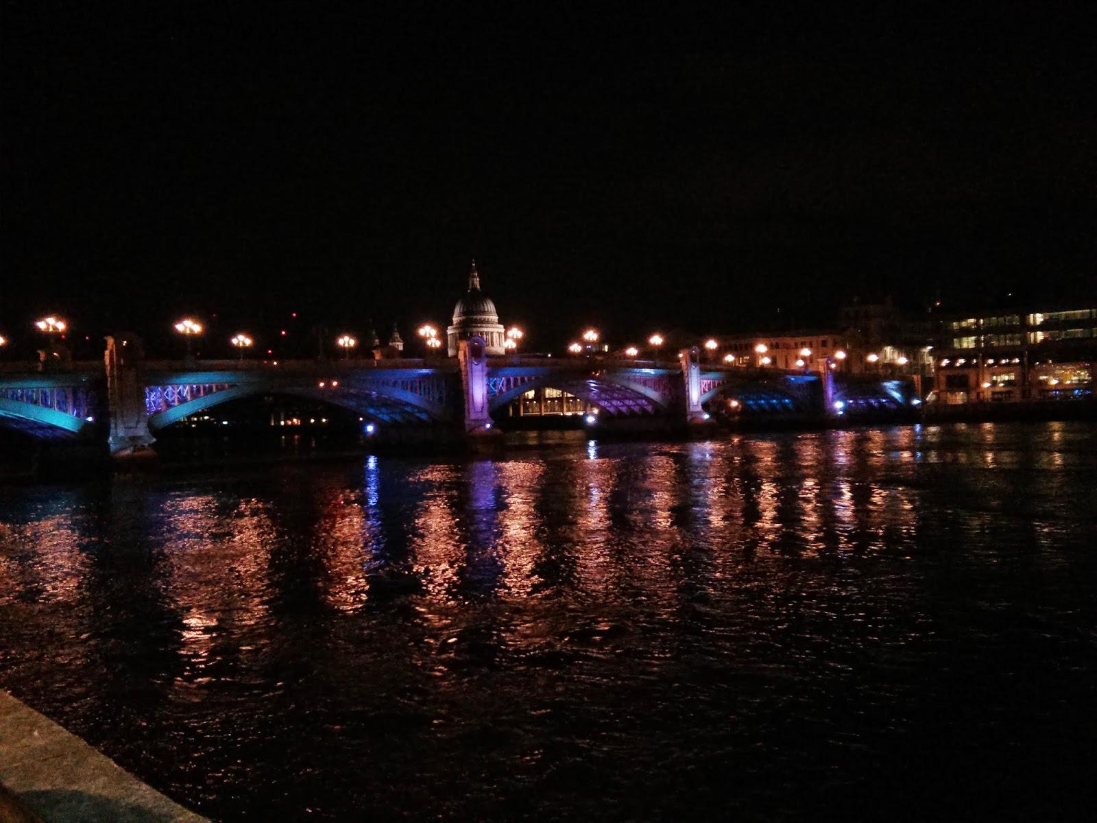 Londres para Cosas que siento