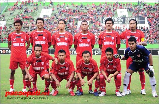 Persis musim 2010/11