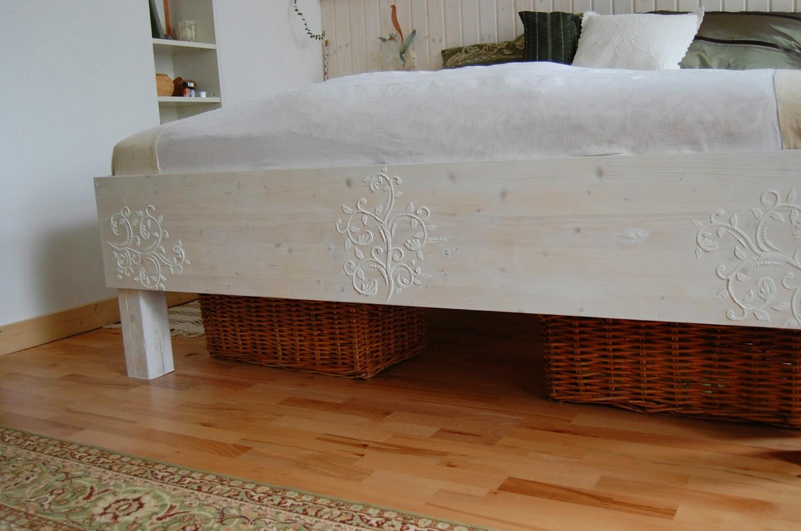 kunstvoll leben ideenwelt live 1 das bett. Black Bedroom Furniture Sets. Home Design Ideas