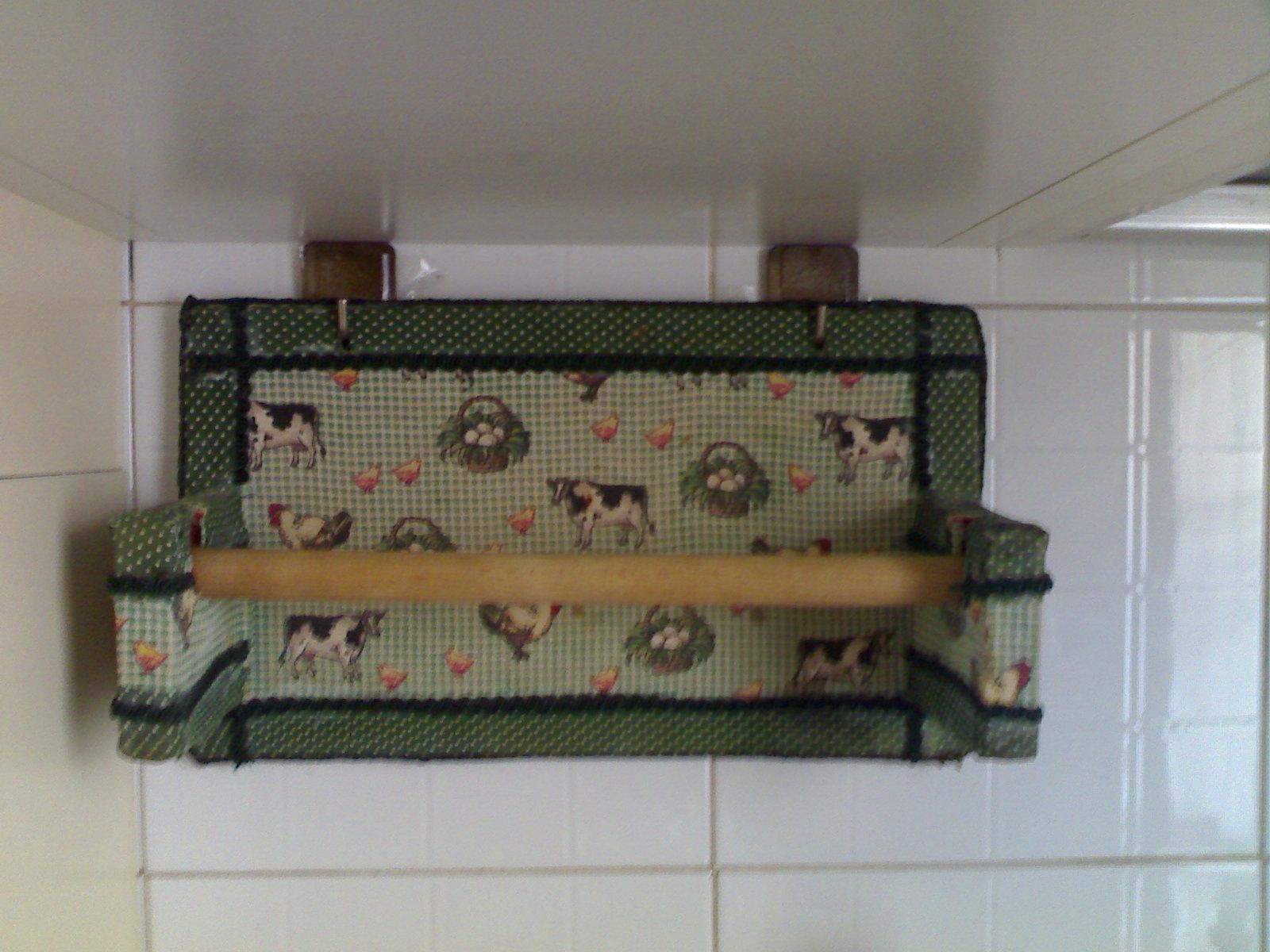 Laboratorio Di Zia Polly: Nuovo Look Al Porta Rotolo Da Cucina #624C3C 1600 1200 Armadietti Cucina Fai Da Te