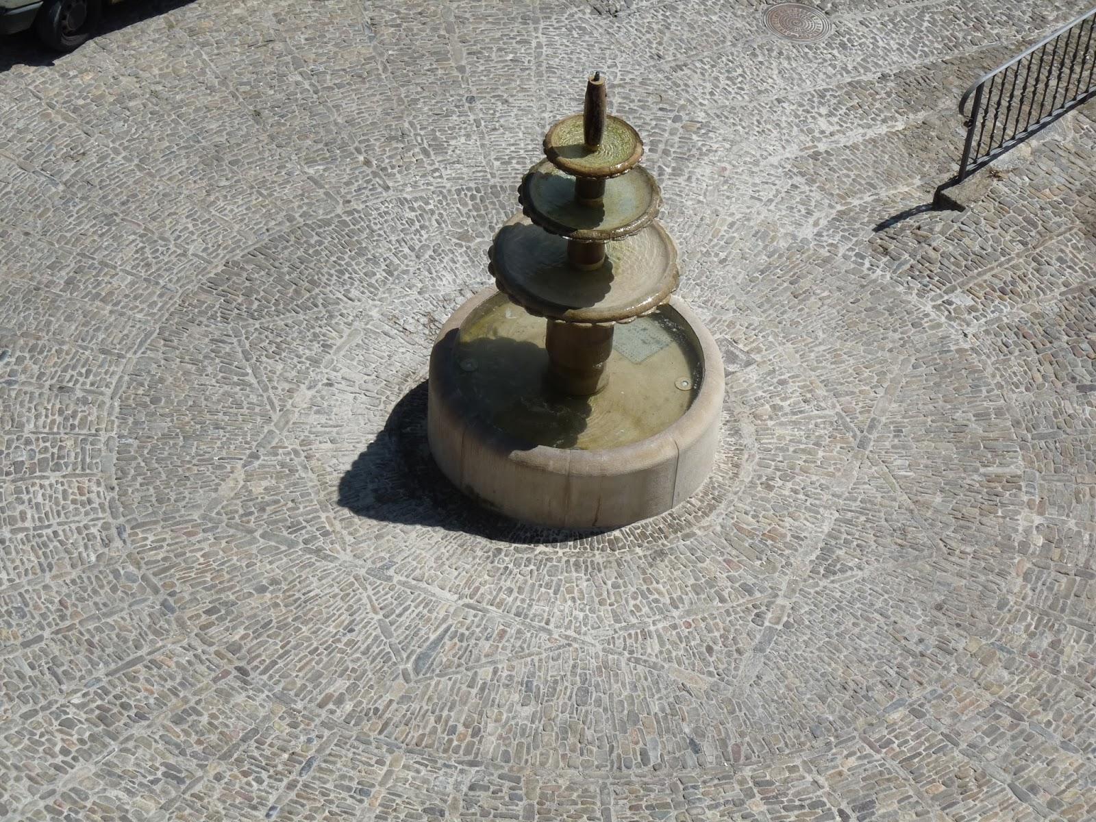 Fuente de la Plaza del Olmo. San Román de Cameros