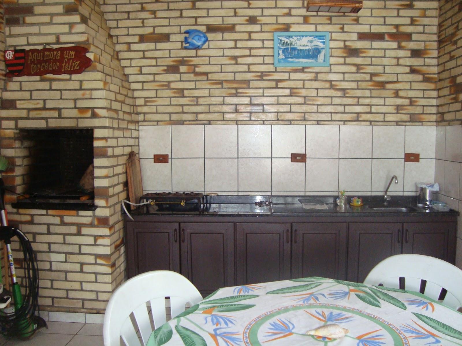 alugo quarto em jardim da penha:casa dispõe de 1 suíte, 2 quartos, 2 banheiros social, sala