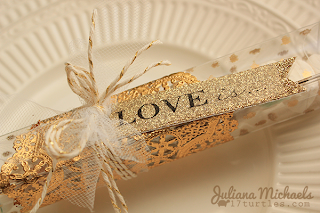 SRM Stickers Blog - Wedding Favors by Juliana - #love #wedding #favors #stickers #twine #clear box #gold