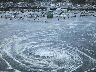 Fenomena Alam Gempa-Dan-Tsunami-Jepang