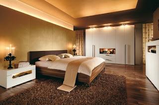 iluminação quarto de casal castanho