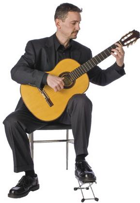 Cara Belajar Gitar Klasik Akustik dengan tips mudah