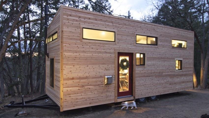 Desain Rumah Kayu Kecil Ini Tampak Mewah Dengan 2 Lantai 1