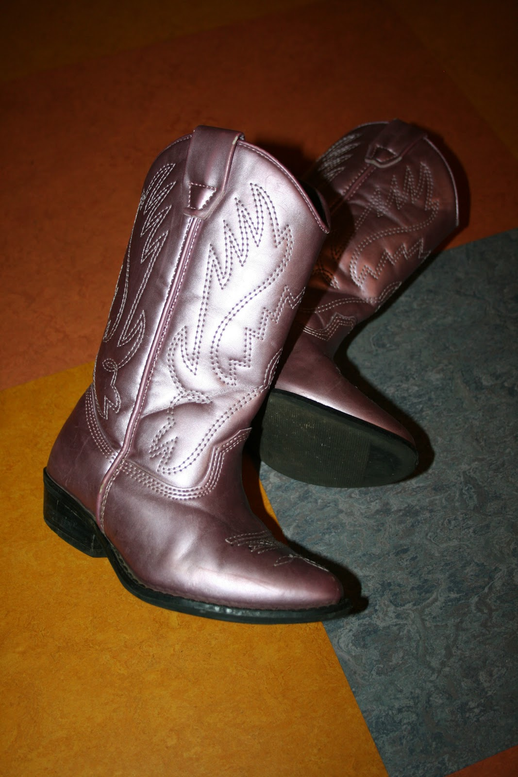 november oak spray painting leather boots