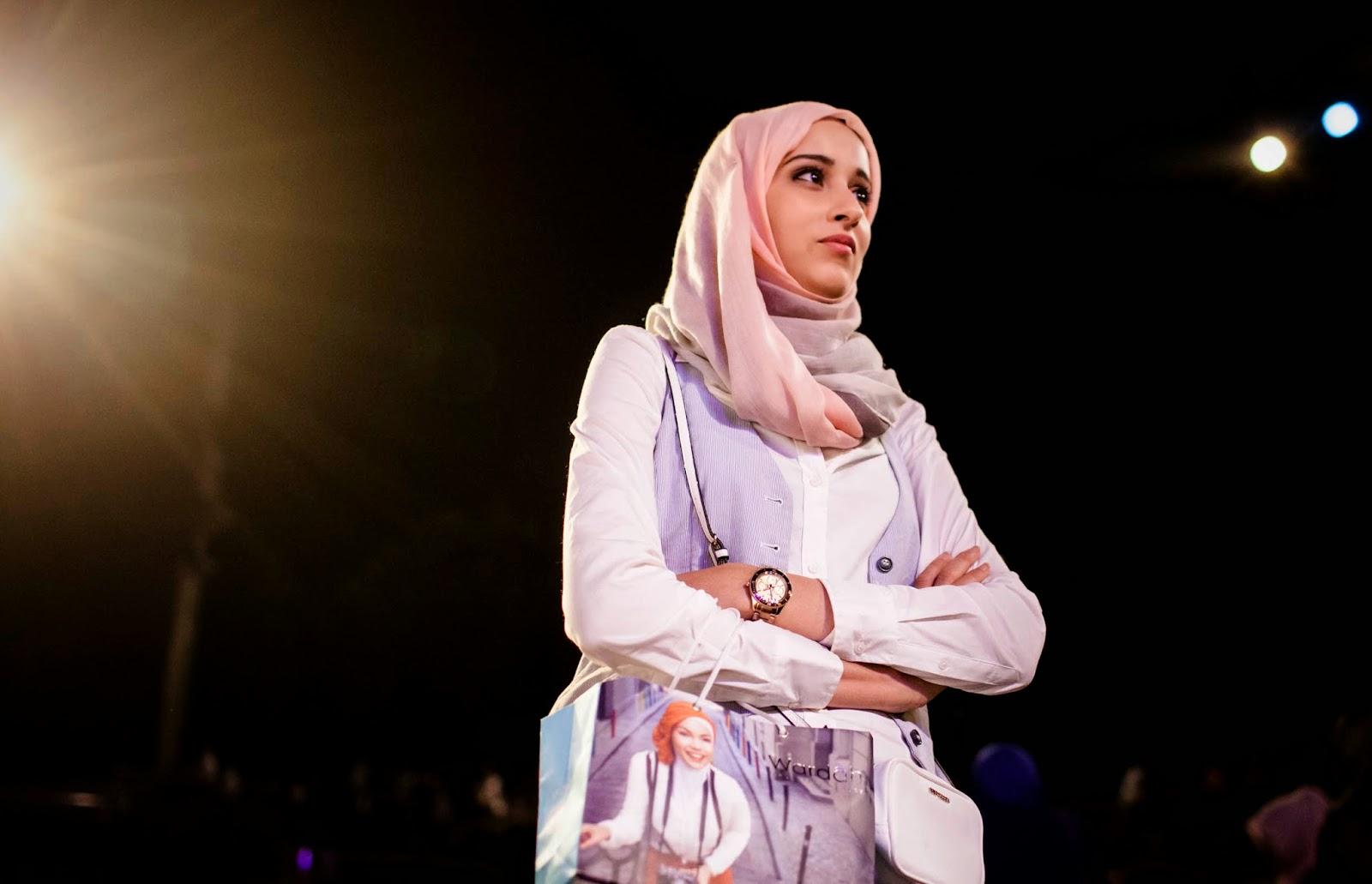 Kumpulan Foto Fatma Ben Guefrache, Pemenang World Muslimah Award (WMA) 2014