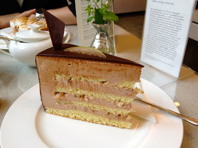 Princess Cheesecake pear chocolate mousse cake