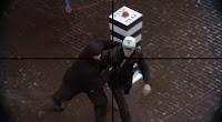 buzzer publicité pour TELENET chaine tv belgique guérilla marketing