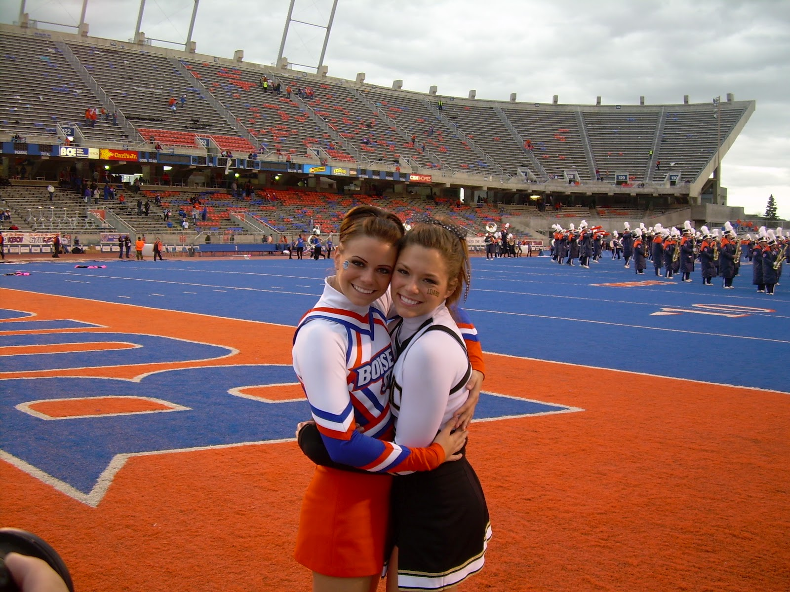 Boise State Cheerleader