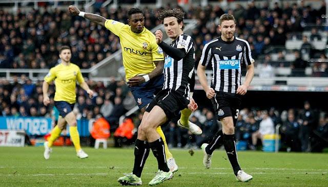 Newcastle vs Southampton en vivo