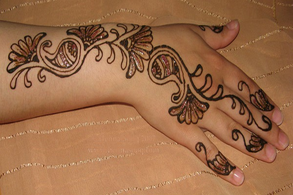 Mehndi Patterns On Paper For Kids : Mehendi maza mehndi cones