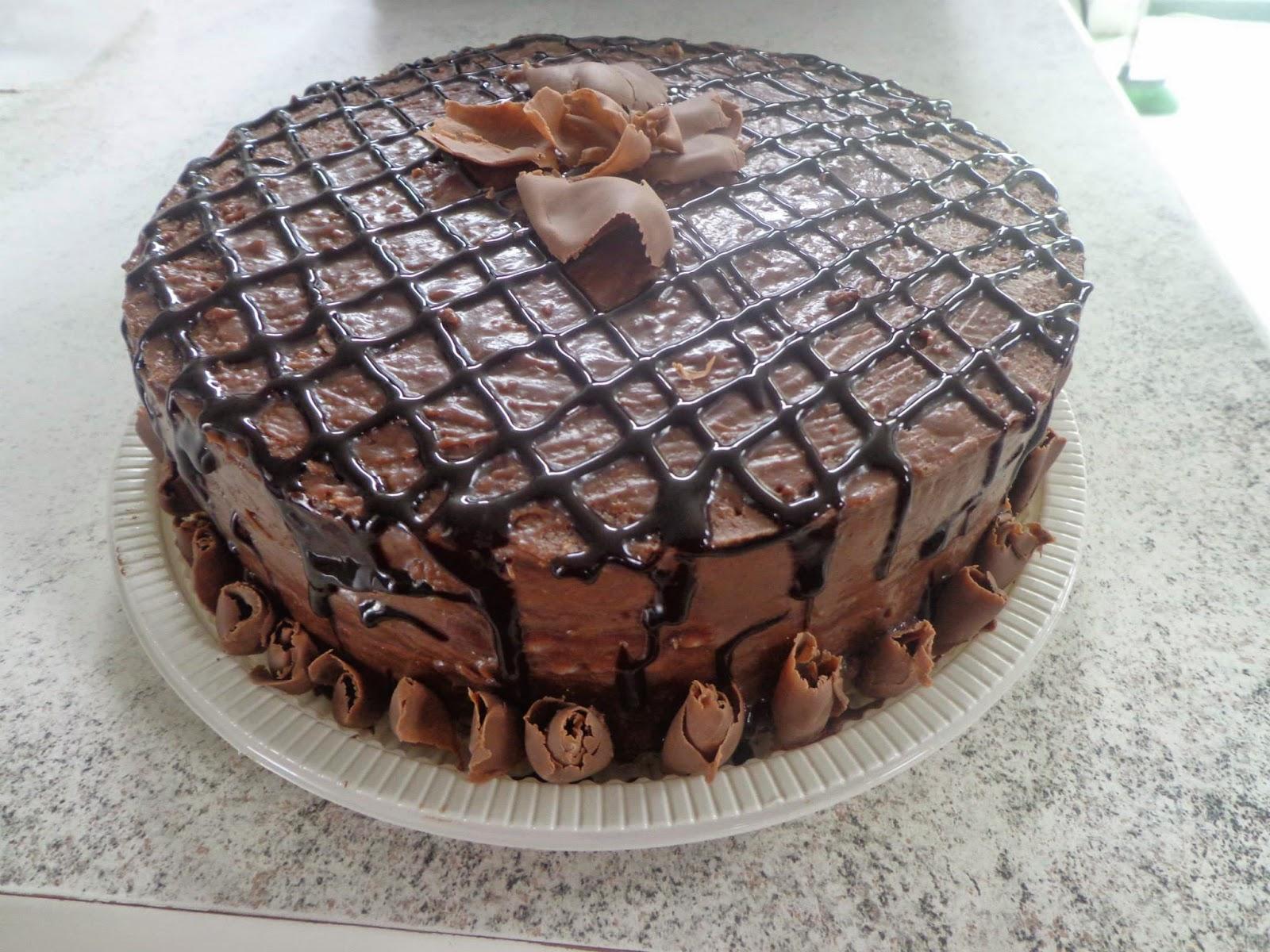 Torta de chocolate, aceitamos encomendas