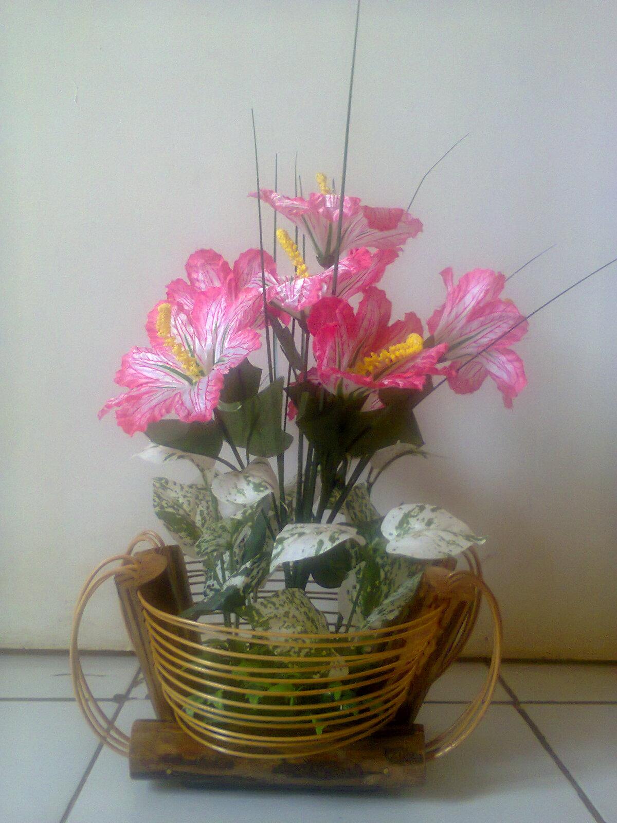 Vas Bunga Rotan dan Kayu | Kerajinan Rotan,Kayu dan Bambu
