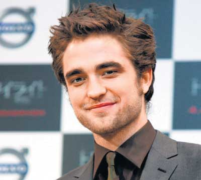 Sexy Girl Robert Pattinson Sports A New Patchy Haircut