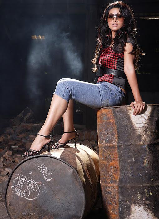 sneha actress pics