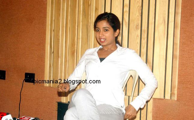 shreya ghoshal hot sexy