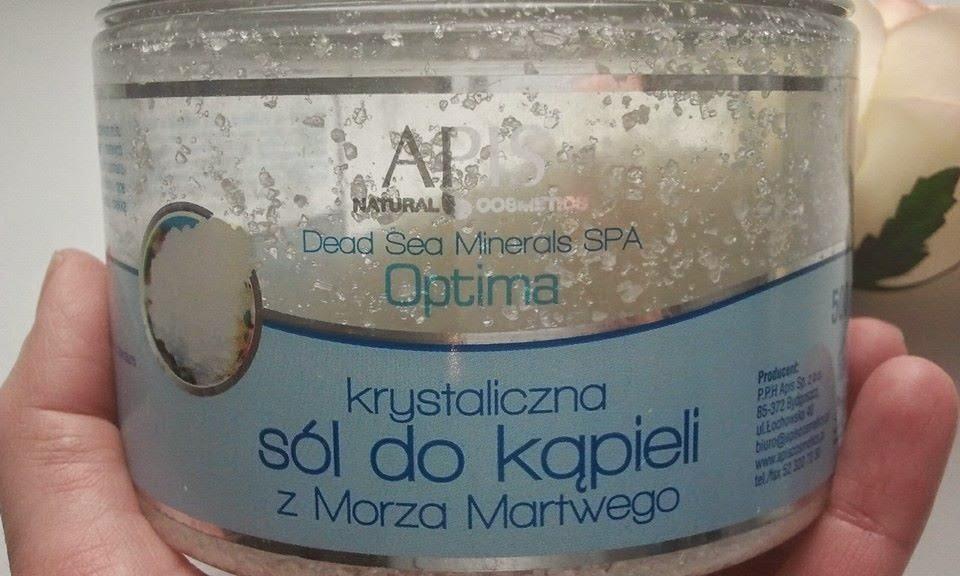 APIS-Krystaliczna-sol-do-kąpieli-z-Morza-Martwego-w-mojej-dloni