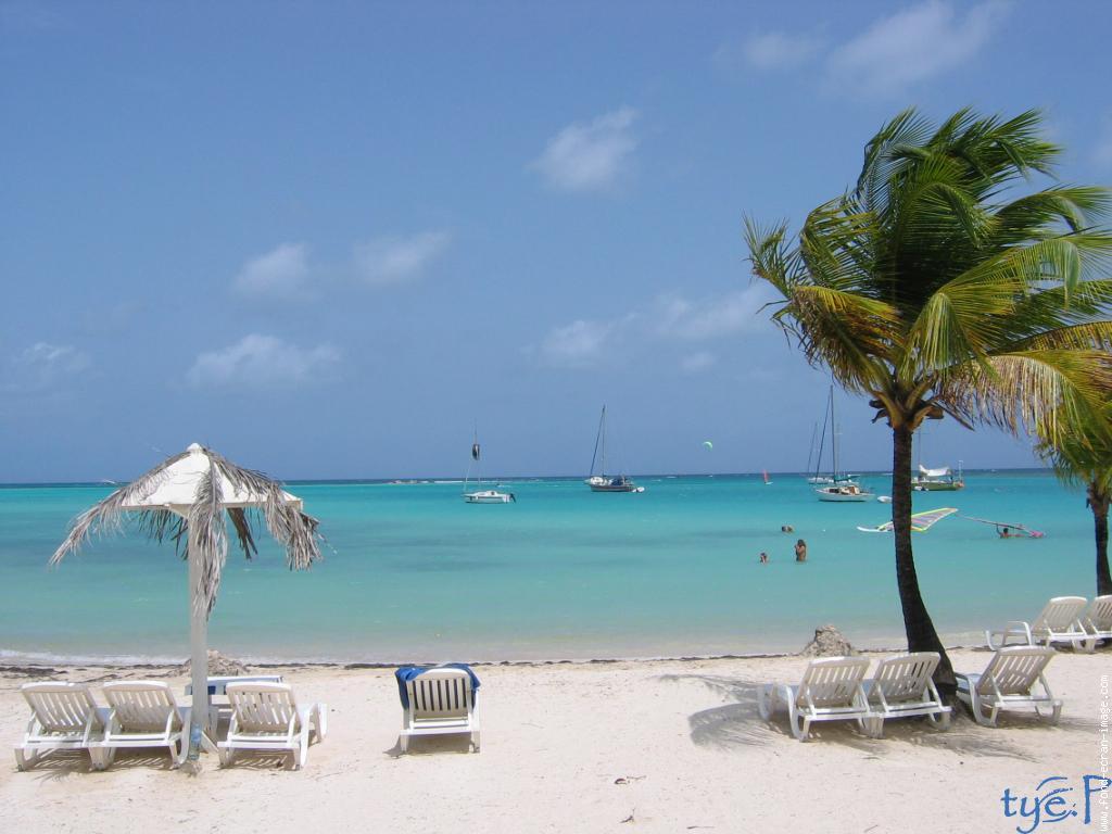 Antilles the antilles islands tourist destinations for Image fond de bureau