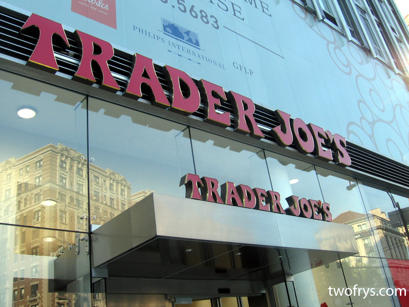 two frys trader joe 39 s opens on the upper west side nyc. Black Bedroom Furniture Sets. Home Design Ideas