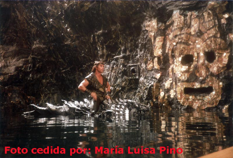 Blog with new photos of Conan and Red Sonja Arnold+y+monstruo