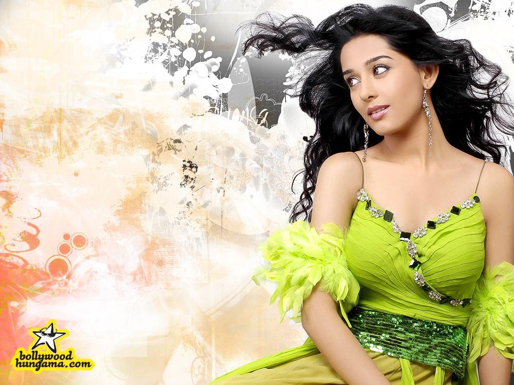 Indian Actress Amrita Rao