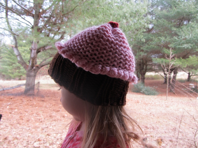 This Mama Knits Cupcake Hat Pattern
