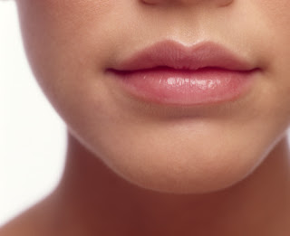 Natural Tips for Beautiful & Soft Lips in Winter