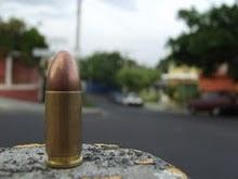 """""""Una bala"""