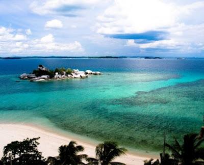 Pantai terindah indonesia