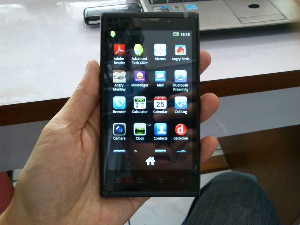 HP Cross Android A7