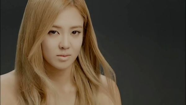 Girls' Generation Hyoyeon Divine