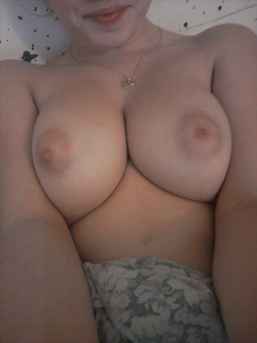 Amateur Teen Self Shot Of Perfect Breasts Tits Boobs And Nipples