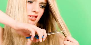 Cara Memotong Rambut Bercabang Tanpa Ke Salon