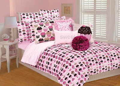 Pink and brown cupcake comforter set includes the comforter and two