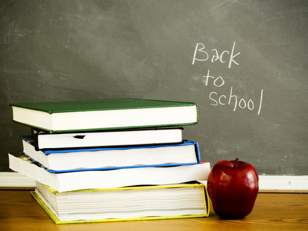 http://4.bp.blogspot.com/-478hApKDROg/TgjZNaqbUmI/AAAAAAAAABM/x6KJFqDA8QQ/s1600/Back_to_school_Wallpaper_asg75.jpg