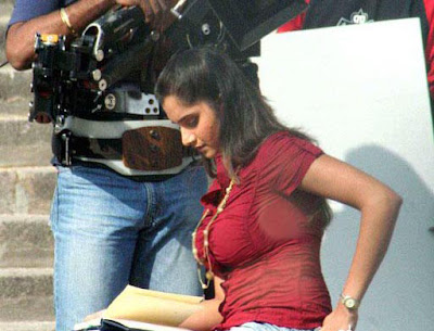 sania mirza boobs photo