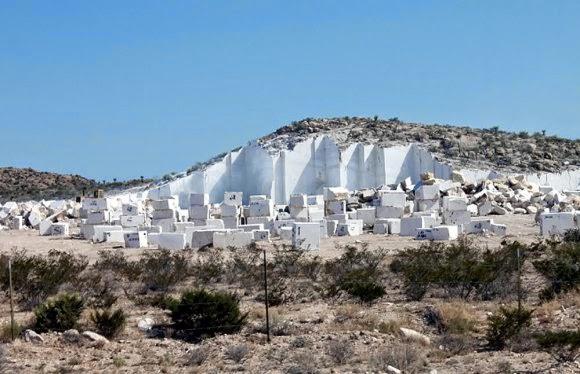 El dictamen de ojinaga rebanan cerro para extraer piezas for Como se limpia el marmol