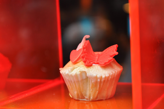 Hummingbird+Bakery+London+Soho+Wardour+Street+butterfly+cupcake