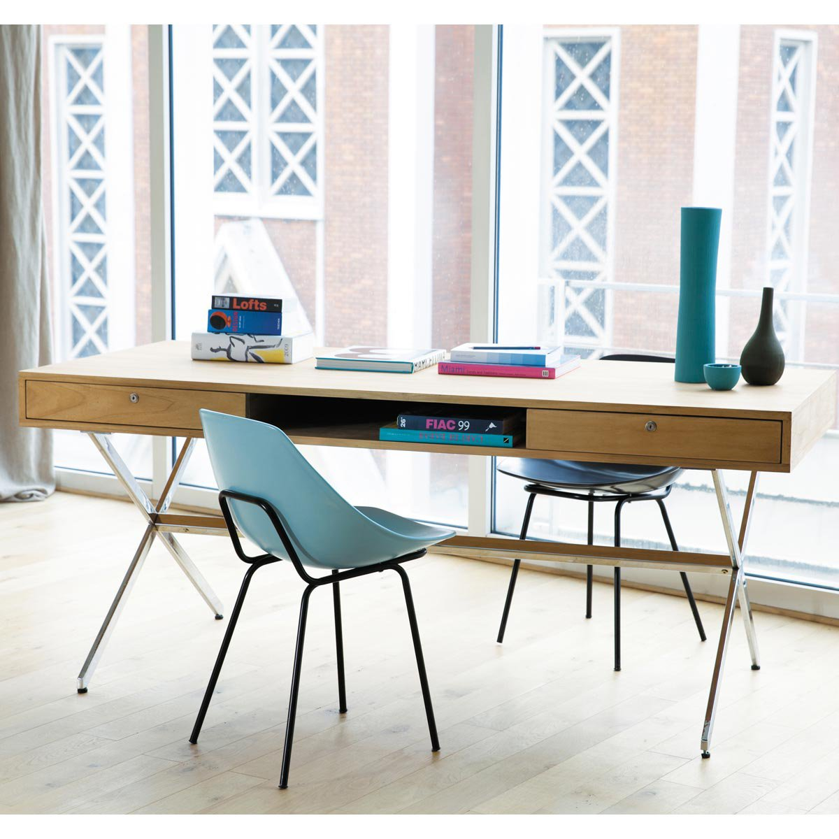 vert poussin guariche. Black Bedroom Furniture Sets. Home Design Ideas
