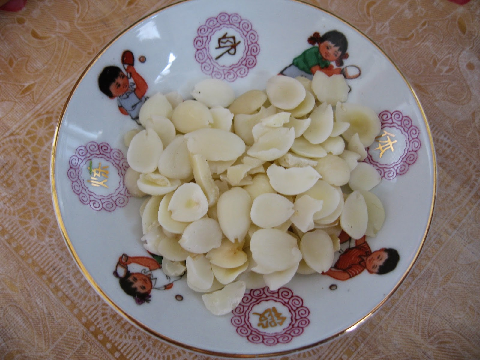 Sumptuous flavours double boiled pear soup