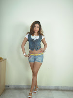 Komal Jha trendy Photo shoot Gallery-cover-photo