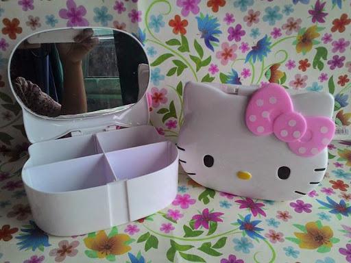 box aksesoris; kotak aksesoris; tempat aksesoris; box aksesoris hello kitty; box aksesoris murah; pernak pernik; kotak aksesoris hello kitty; hello kitty collections;  bedroom accessories; aksesoris kamar; bedroom furniture; hello kitty bedroom furniture; bedroom hello kitty theme